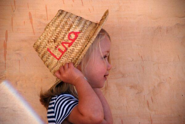 chapeau de paille enfant à personnaliser prénoms ©original-marrakech