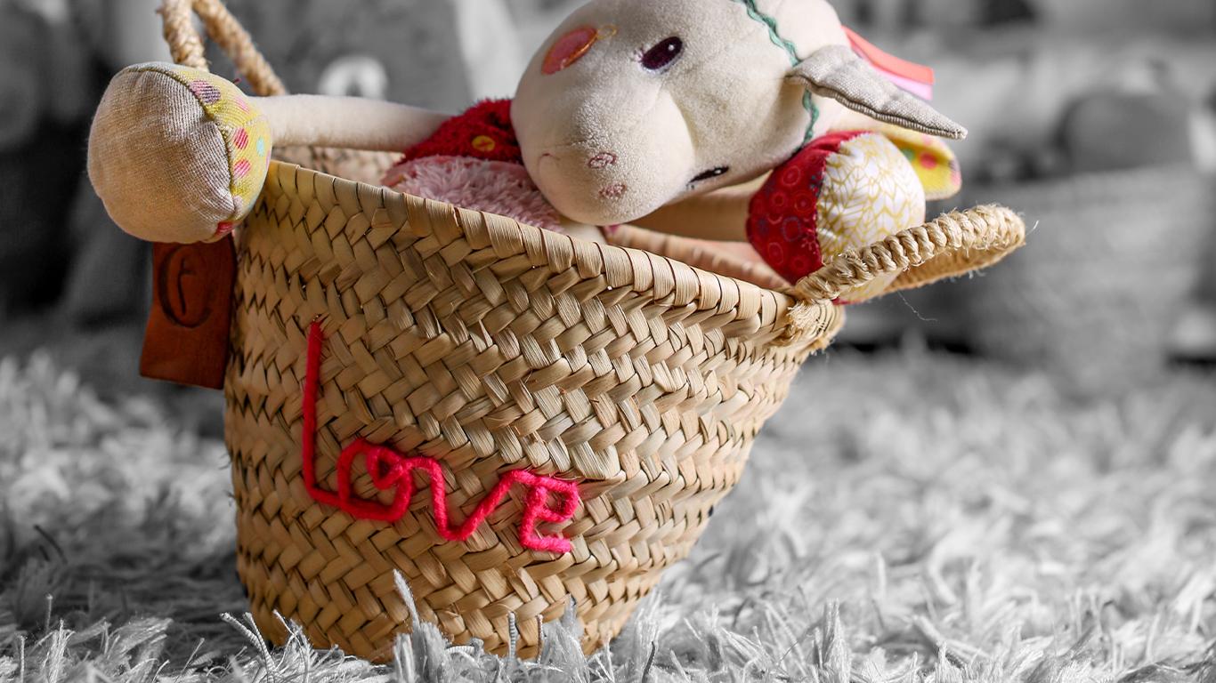 Home-Slide-7-corbeille-Love-B&W---Original_Marrakech